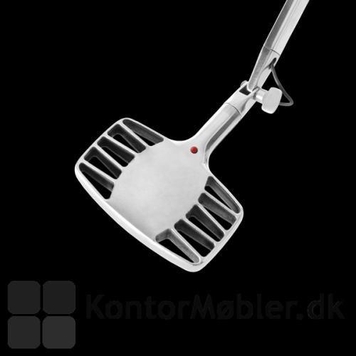 Detaljebillede af blank Otto Watt med kombineret dæmper/on-off knap