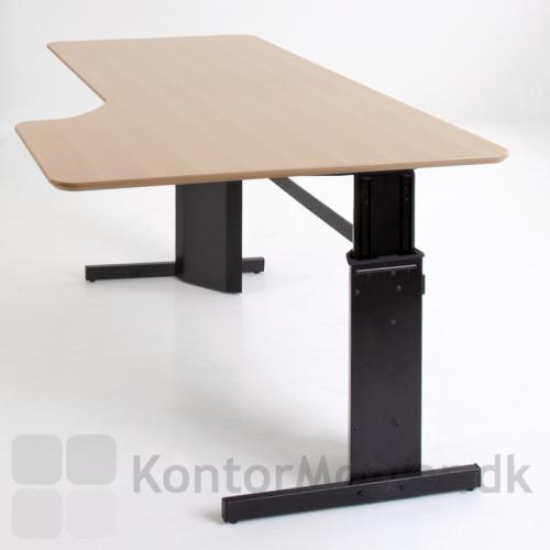 Højrevendt bordplade som 160R, 180R2 og 200R fra Conset