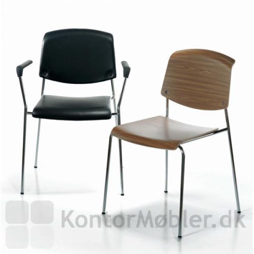 Pause mødestol i fuldpolstret sort læder og i valnød
