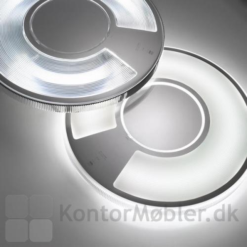 Light Disc væglampe med henholdsvis transparent og opal skærm