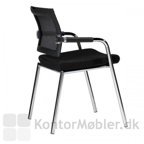 Skin mødestol giver god siddekomfort pga. netryggen
