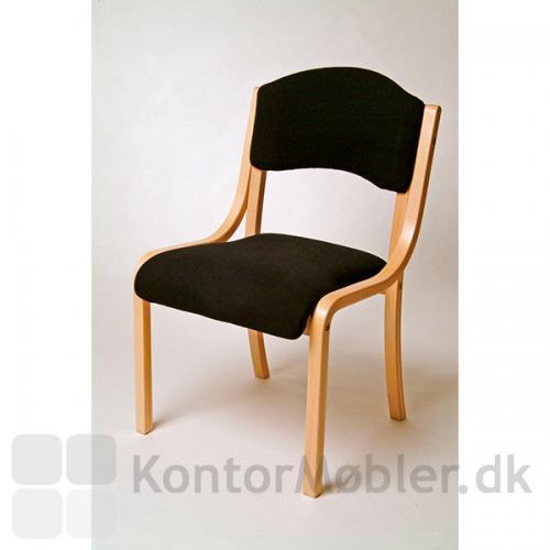 Tina mødestol i sort med stel i bøgefiner