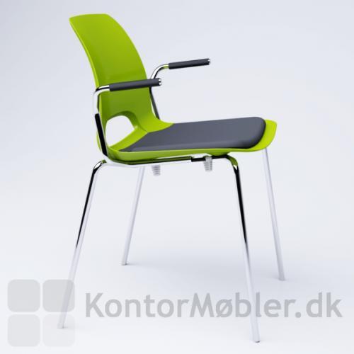 Frigg kantinestol med armlæn og sædepolstring