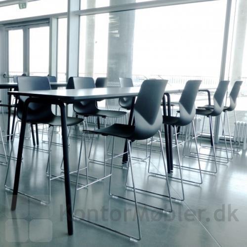 Four Sure barstol med sort skal og krom meder