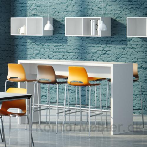Frigg barstol kan leveres i flere farver og giver indretningen et moderne udtryk