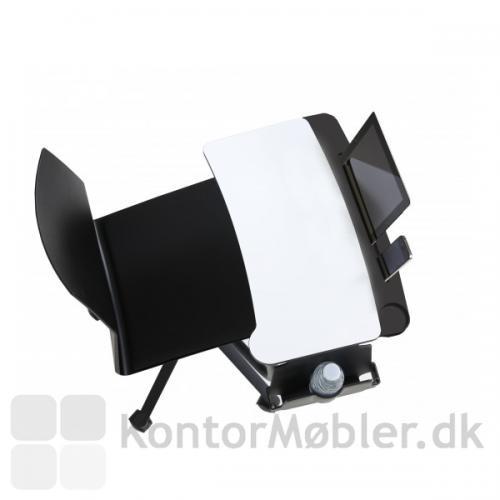 Inno®tab set fra oven - monteret med holder og Dashboard