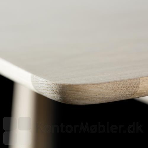 Dining Table mødebord med bordplade i lys eg