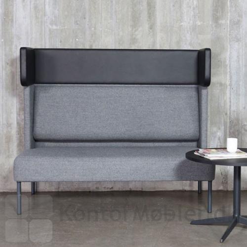 Four Us sofa er flot, med ear modul i læder