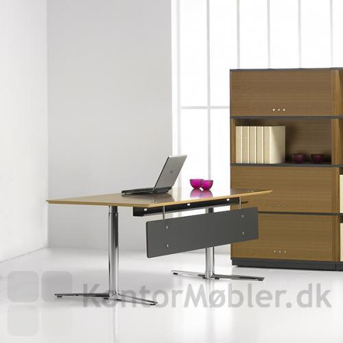Switch hæve sænke bord fra Fumac til den elegante kontorindretning