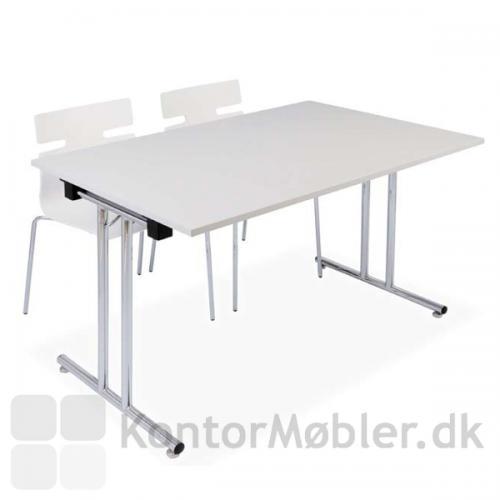 Whisper stolen set sammen med fumac klapbord