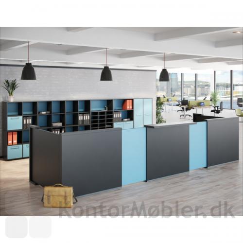 Delta skranke opstilling med grundmodul i sort og fleksplade i lysblå