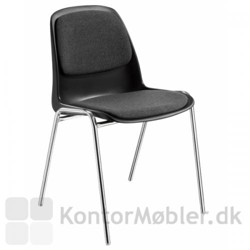 Selena mødestol med polstring på sæde og ryg