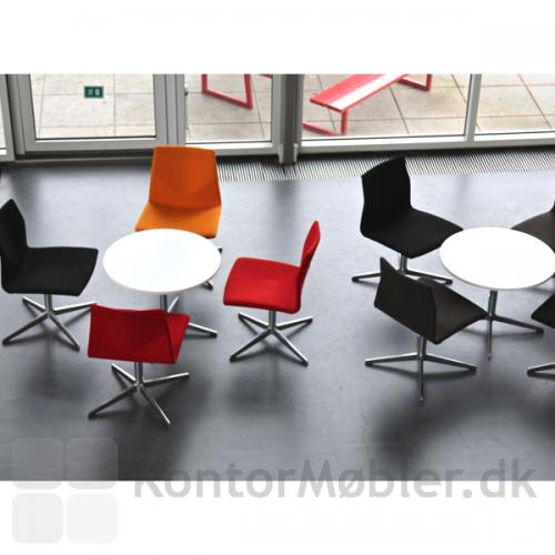 Four Cast Lounge kan bruges mange steder i indretningen
