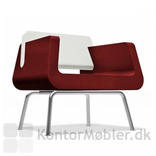 Alfa & Omega lounge stol, har en sædehøjde på 46 cm