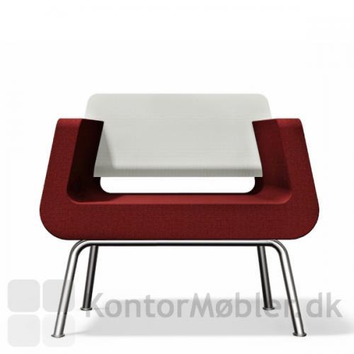 Kombiner sofaen med Alfa & Omega lounge stol