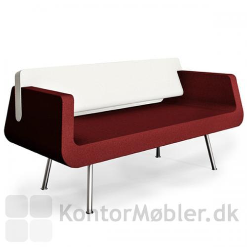 Alfa & Omega sofa i let og enkelt design