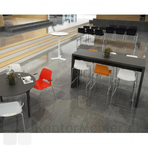 Portalbord i højde 108 cm med Frigg barstole