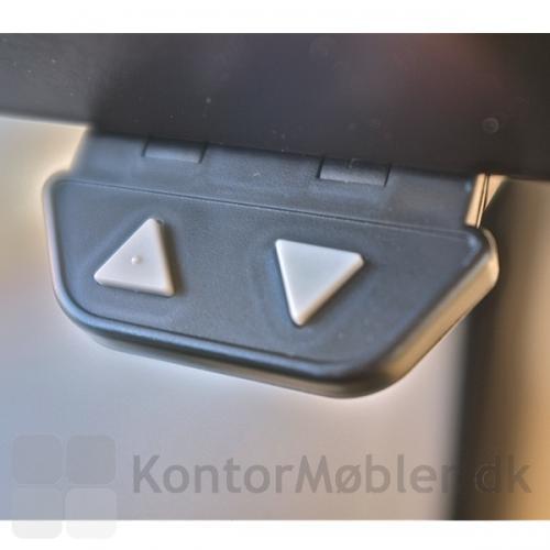 DPA bordkontakt monteret på undersiden af et Delta hæve sænke bord