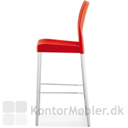 Ice barstol kan vælges i farverne grå, råhvid eller rød