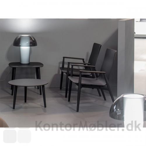Colette bordlampe giver et blødt og hyggeligt lys