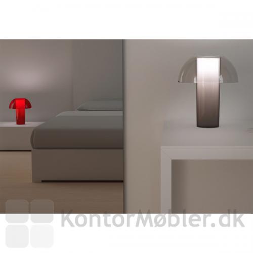 Colette bordlampe giver værelset en hyggelig belysning