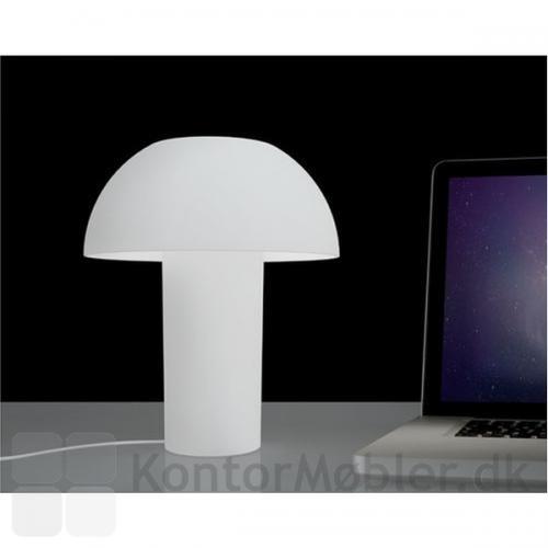 Colette bordlampe i gennemfarvet hvid
