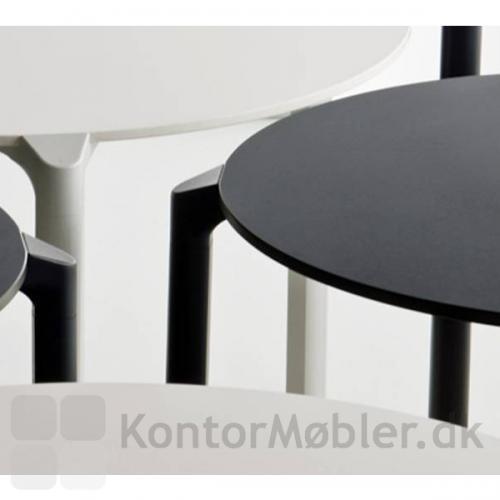 Jump Cafébord kan vælges i flere farver og størrelser