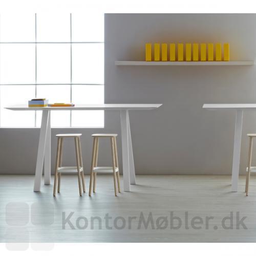 Babila barstol kan også bruges til Arki høj bord