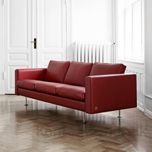Century 2000 sofa kan vælges i mange læderkvaliteter og farver