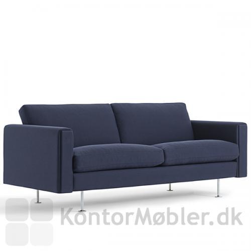 Century 2000 sofa kan også vælges med polstring i mange stofkvaliteter