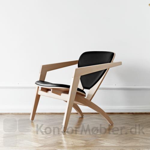 Et super klassisk design fra Wegner, der sikrer at du kan nyde stolens design samt kvalitet i rigtig mange år