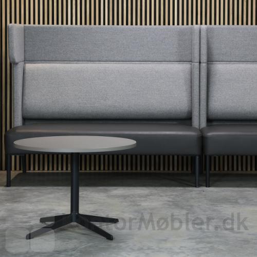 Four Us sofa med sæde i læder - kontakt os for pris