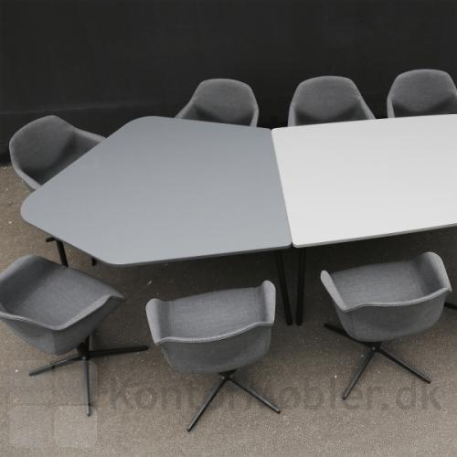 Flake mødebord kan kombineres, så bordet får en unik udformning