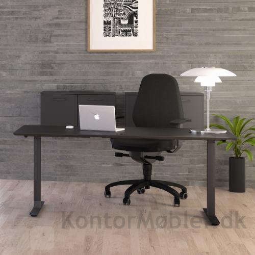 Fumac hæve sænke bord med kvadratiske Square ben i sort