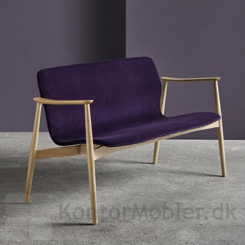 Butterfly Lounge Classic sofa i enkelt og slankt design