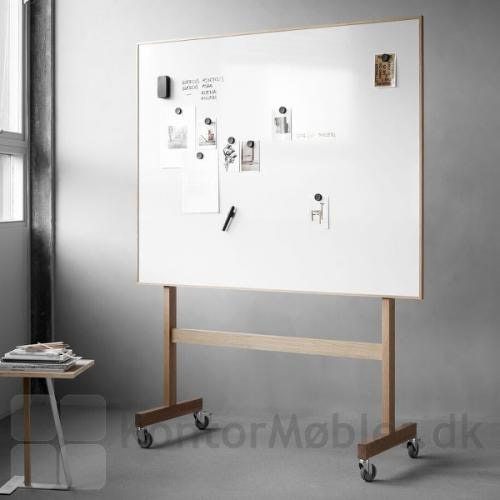 Wood mobil whiteboard i bredden 150,8 cm
