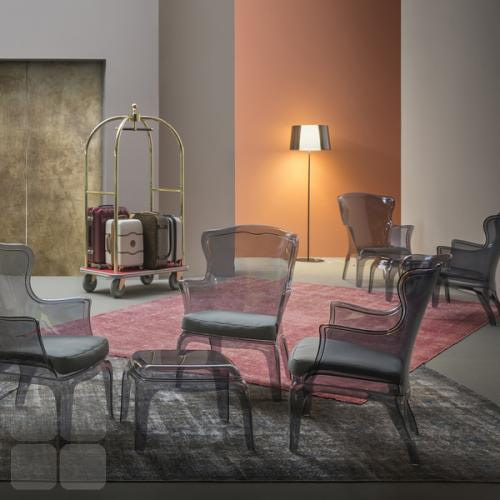 Pasha stolen i hotel lobby, kombiner stolen med og uden sædepolstring
