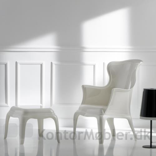 Pasha stolen i gennemfarver hvid med skammel