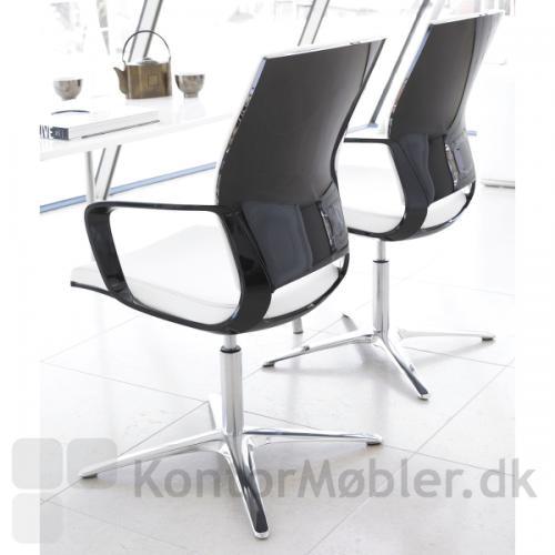 Moteo drejestol med sort højglans ryg