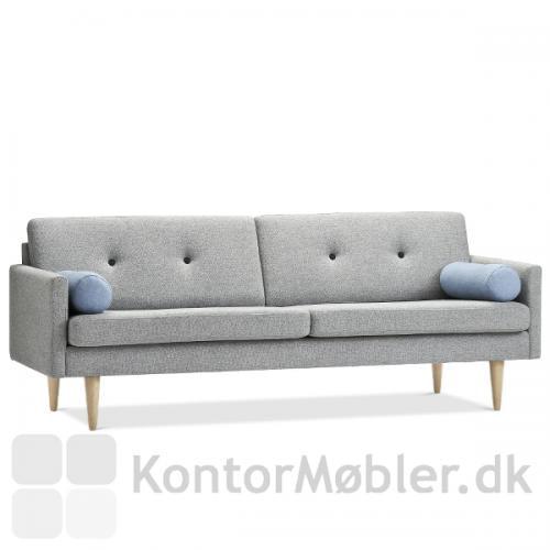 Jive sofa fra Stouby med ben i bøg