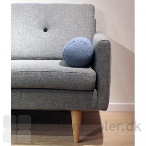 Jive sofa kan vælges med eller uden armpølle