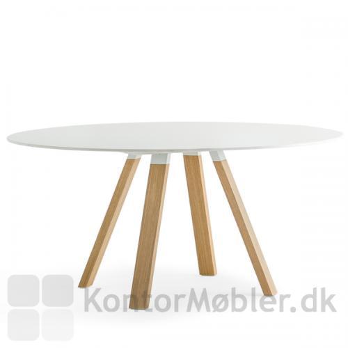 ARKI mødebord med hvid rund bordplade og ben i eg