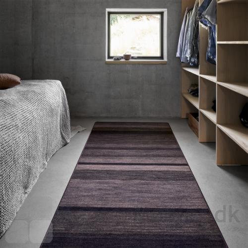 Create tæpperne kan vælges i mange former, har er valgt rektangulært til soveværelset