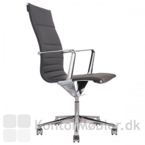Sophia konferencestol med høj ryg og fodkryds med 5 hjul
