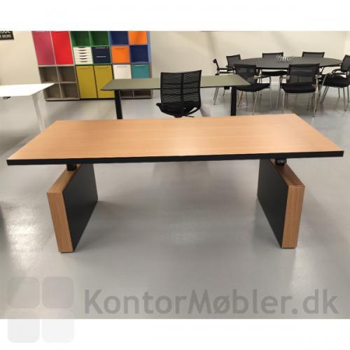 Dencon Gamma 2.0 bord har et klassisk og unik udtryk