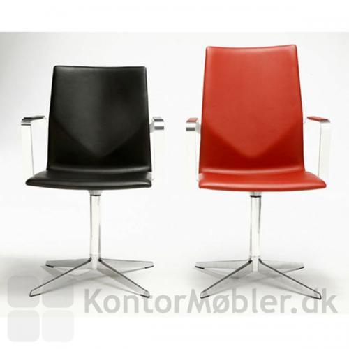 Four Cast XL i sort læder: Ryghøjde 87,5 cm. Four Cast Xl Plus i rød læder: Ryghøjde 96 cm