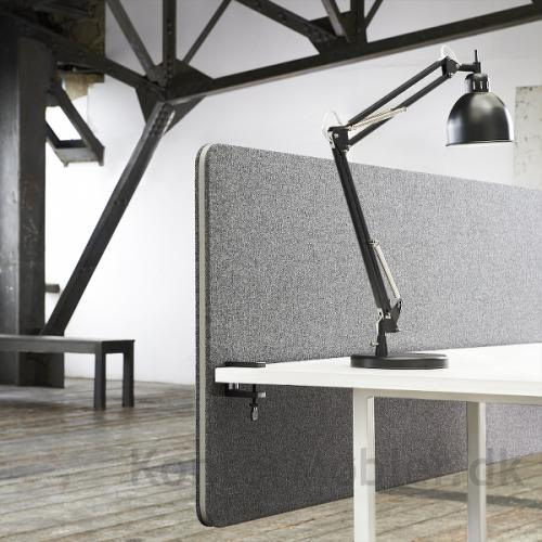 Edge frontmonteret skærm med grå kantliste