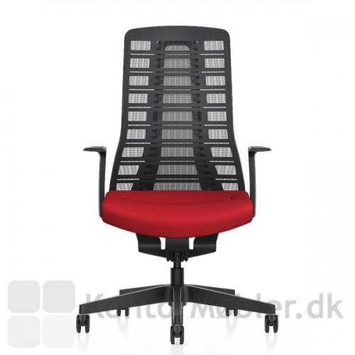 Pure kontorstol er polstret med 38mm sædepolstring