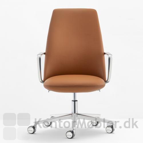 Elinor mødestol med god komfort, da sæde og ryg er fyldt med polyurethan skum