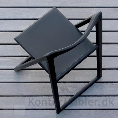 Enjoy klapstolen er UV-resistent og velegnet til udendørs brug